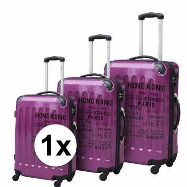 Paarse reiskoffer met tekst 22 inch